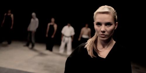 Эми Джонстон против семи мастеров боевых искусств (Amy vs 7)
